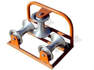 Triple Corner Cable Roller