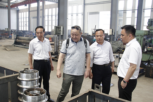 Warmly Welcome Nanjing Chengyu Machinery Company to Visit China Transport Group for Purchasing