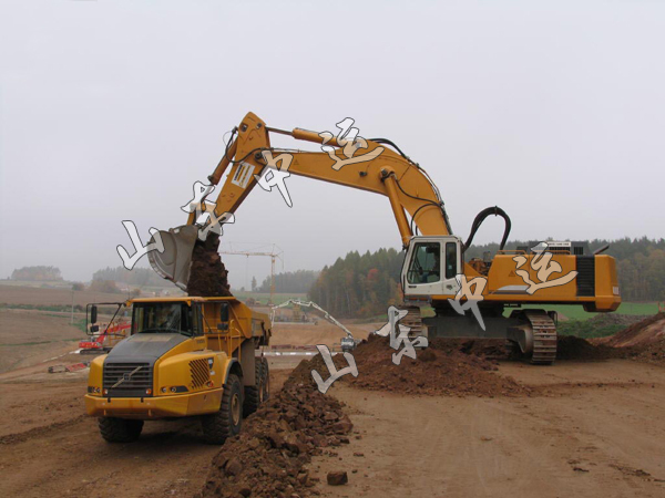 Advantages Of Excavating Machinery